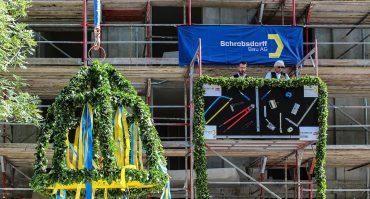 Feierliches_Richtfest_fuer_das_Projekt_PURE_Living_Berlin_East_Side_Gallery_web