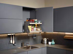 Küche-Bad_Intelligente-Erleichterung-für-den-Küchenalltag_Schrankauszüge-300x225 Intelligente Erleichterungen für den Küchenalltag