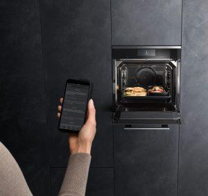 Küche-Bad_Intelligente-Erleichterung-für-den-Küchenalltag_Smart-Home-300x284 Intelligente Erleichterungen für den Küchenalltag