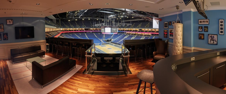Architektur-Mercedes-Benz-Arena-Blick-aus-dem-VIP-Bereich-1170x488 Mercedes-Benz Arena in Friedrichshain