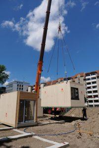 Immo-aktuell_Kita_MAX-Haus_Baufortschritt_P1099320-200x300 Die Bauklötze von einst sind jetzt Holzmodule