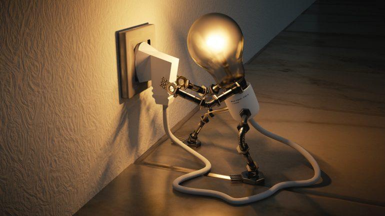 Immobilienmarkt aktuell_Gebäudeenergiegesetz_light-bulb-3104355_Colin Behrens auf Pixabay