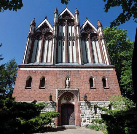 Fridolin freudenfett, Waidmannslust Bondickstraße Königin-Luise-Kirche, CC BY-SA 3.0