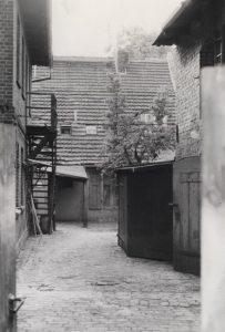 Architektur_Fischerkietz_Seitengebaeude_im_Koepenicker_Kietz-203x300 Fischerkietz