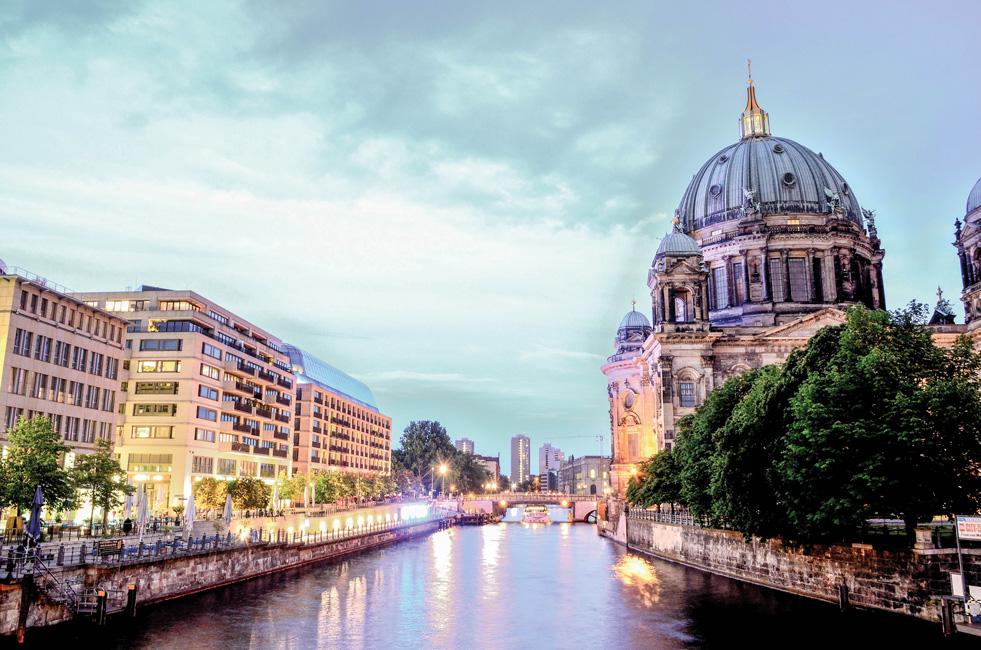 Immobilienmarkt-aktuell_Jahresrueckblicke_berlin-cathedral-1882397_Kai-Vogel-from-Pixabay Ein wohnungspolitischer Jahresrückblick – und ein Ausblick