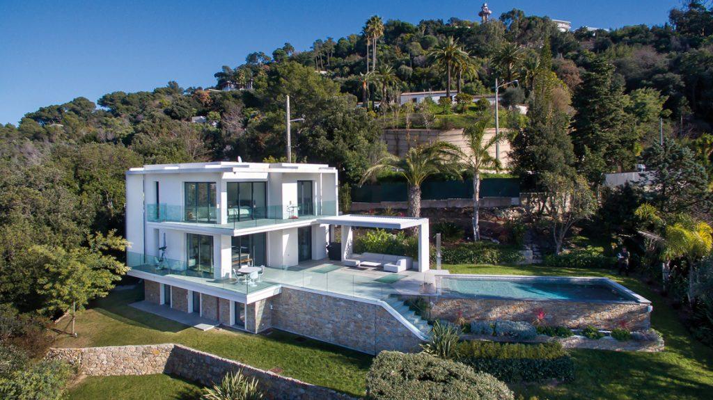 Wohneigentum_Luxusimmobilien_Moderne-Villa-mit-Meerblick-in-Cannes-c-Engel-Völkers-Market-Center-Côte-dAzur-1-1024x575 Luxusimmobilien: Côte d'Azur als Erst- und Zweitwohnsitzmarkt weiter im Trend