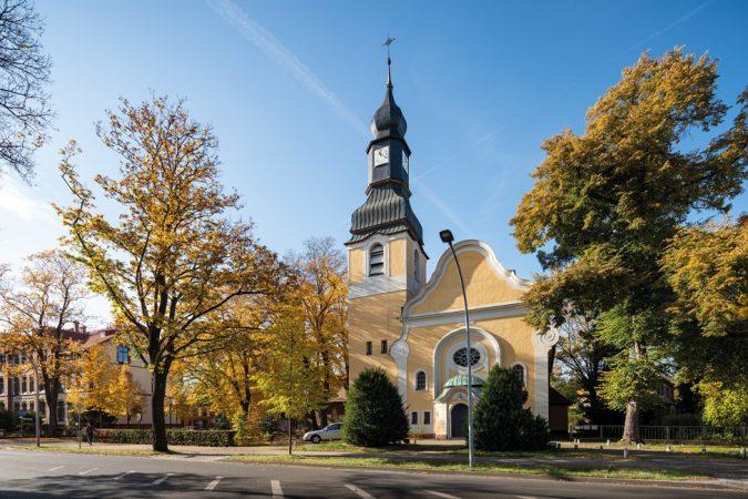 Dorfkirche Hohen Neuendorf © PROJECT Immobilien Wohnen AG