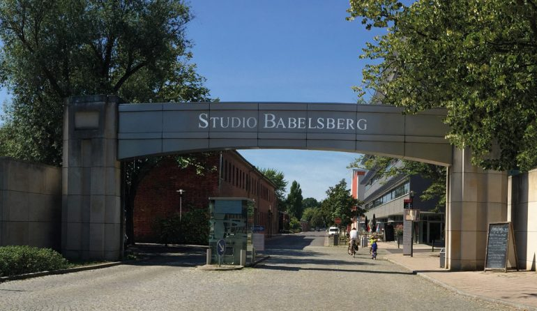 Potsdam_Studio Babelsberg Eingang_wikimedia_gemeinfrei Eingang zum Studio Babelsberg