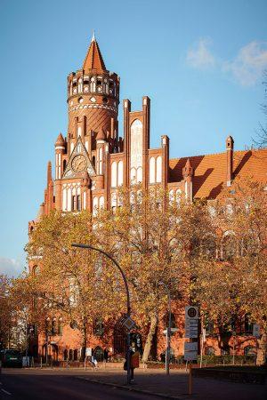 Rathaus Schmargendorf © Benno Kraehahn