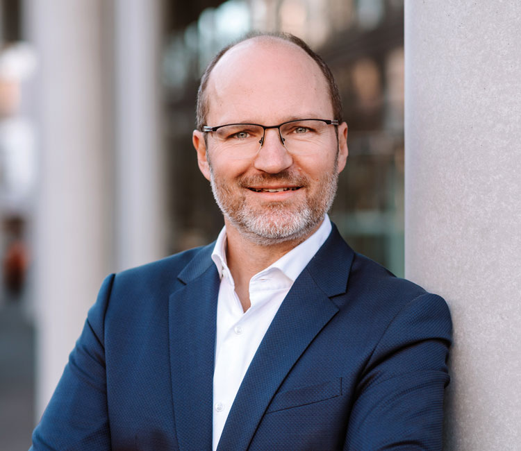Dr. Florian Forster, Immobilien-Marketing-Experte (acm)
